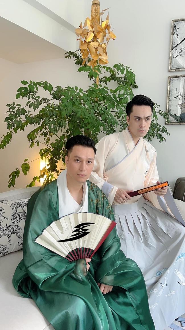 Vừa rộ nghi vấn sống chung, Việt Anh và Quỳnh Nga tiếp tục có động thái gây chú ý trong buổi tụ tập với hội bạn thân - Ảnh 6.