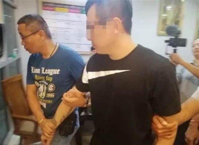 Vali thi thể dạt vào bờ biển Thái Lan: Tội ác rùng rợn của gã chồng dối trá, gia đình nạn nhân đòi án tử trong phiên tòa xuyên quốc gia - Ảnh 2.