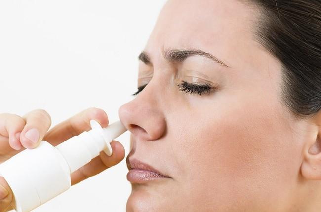 Xuất hiện trào lưu dùng Betadine làm thuốc xịt mũi, nước súc miệng để ngăn chặn Covid-19: Chuyên gia lên tiếng cảnh báo! - Ảnh 4.