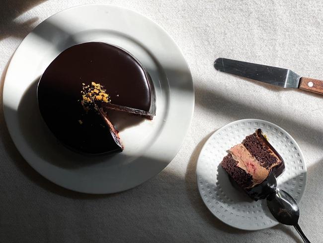 Dành tặng cho người sinh tháng 9: Cách làm bánh sinh nhật đơn giản tại nhà, không cần lò nướng và nồi chiên không dầu - Ảnh 9.