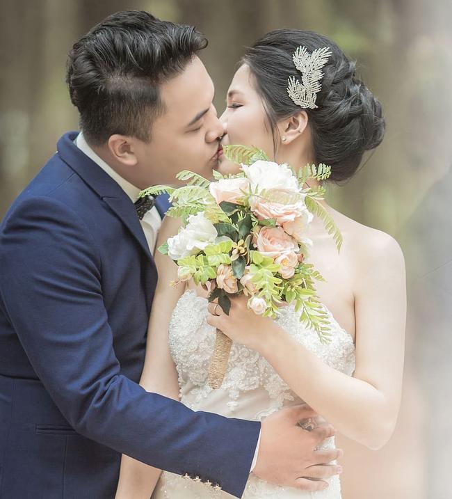 """Mẹ chồng đòi chỉ tổ chức đám cưới 7 mâm, cô dâu nhất mực không đồng ý thì bị nói thẳng mặt: """"28 tuổi rồi còn đòi hỏi"""" và cái kết quay xe cực gấp! - Ảnh 1."""