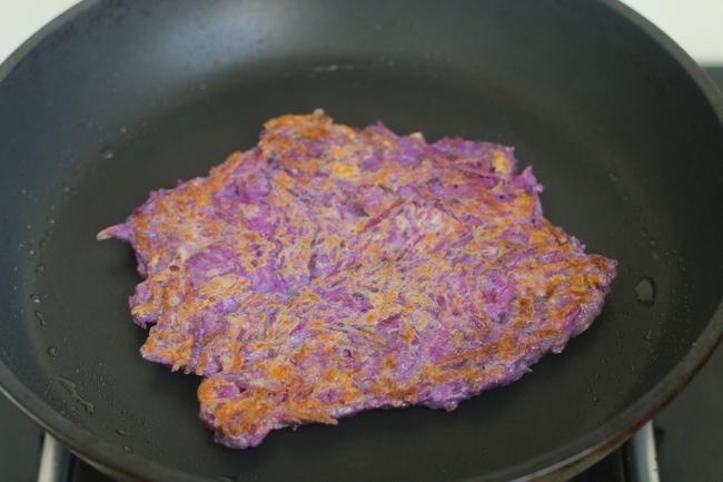 """Mùa thu đến, dùng loại """"nhân sâm tím"""" này làm bánh ăn sáng chiêu đãi cả nhà, không chỉ ngon mà còn bổ dưỡng - Ảnh 7."""