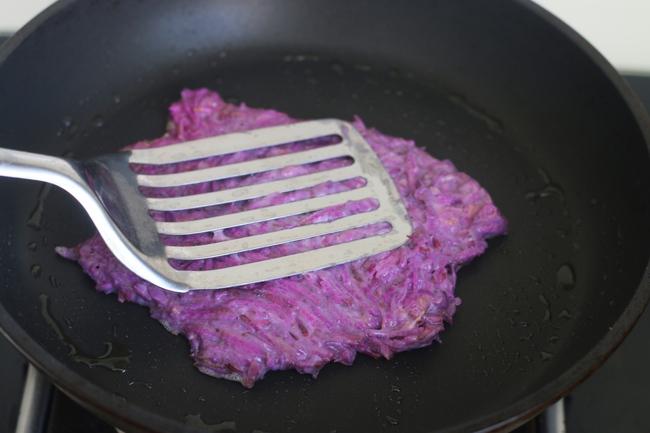 """Mùa thu đến, dùng loại """"nhân sâm tím"""" này làm bánh ăn sáng chiêu đãi cả nhà, không chỉ ngon mà còn bổ dưỡng - Ảnh 6."""