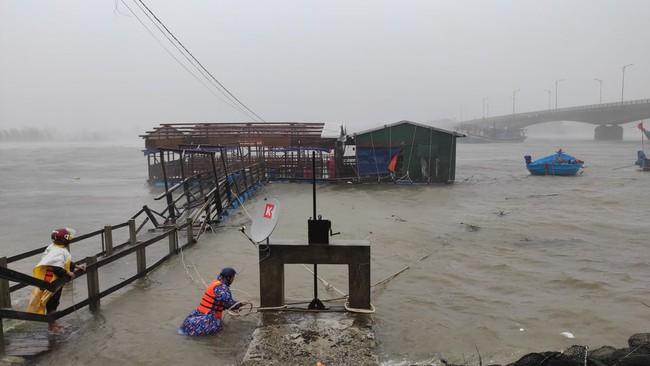 Áp thấp nhiệt đới mạnh lên thành bão Côn Sơn, khả năng đi vào biển Đông và ảnh hưởng - Ảnh 1.