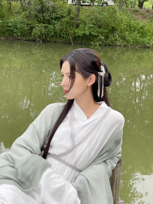 Dữ Quân Ca: Trương Dư Hi tung MV cổ trang đẹp mê mẩn, tạo hình xinh hơn cả lúc đóng Lưu ly mỹ nhân sát - Ảnh 5.
