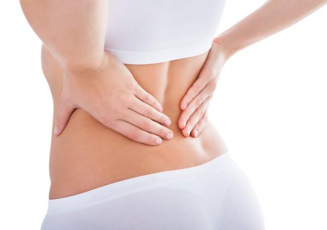 Tập plank tại nhà để bụng phẳng, eo thon, nhiều chị em bị đau lưng nhiều ngày, HLV chỉ ra lỗi sai ai cũng dễ mắc - Ảnh 3.