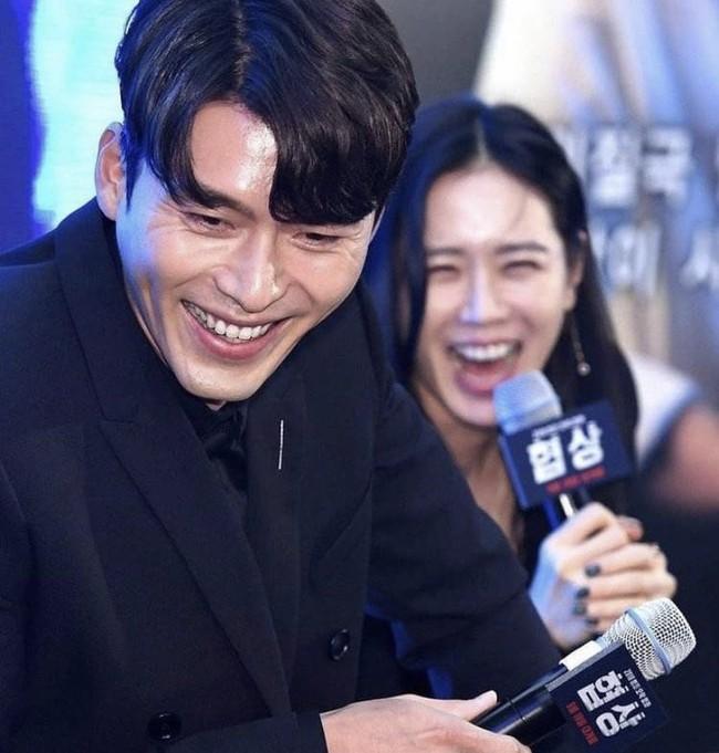 """Hyun Bin lại bị khui loạt bằng chứng nói lời bất nhất: Lên báo thì tuyên bố thích sống độc thân nhưng hint hẹn hò thì """"dày cộm"""" - Ảnh 7."""