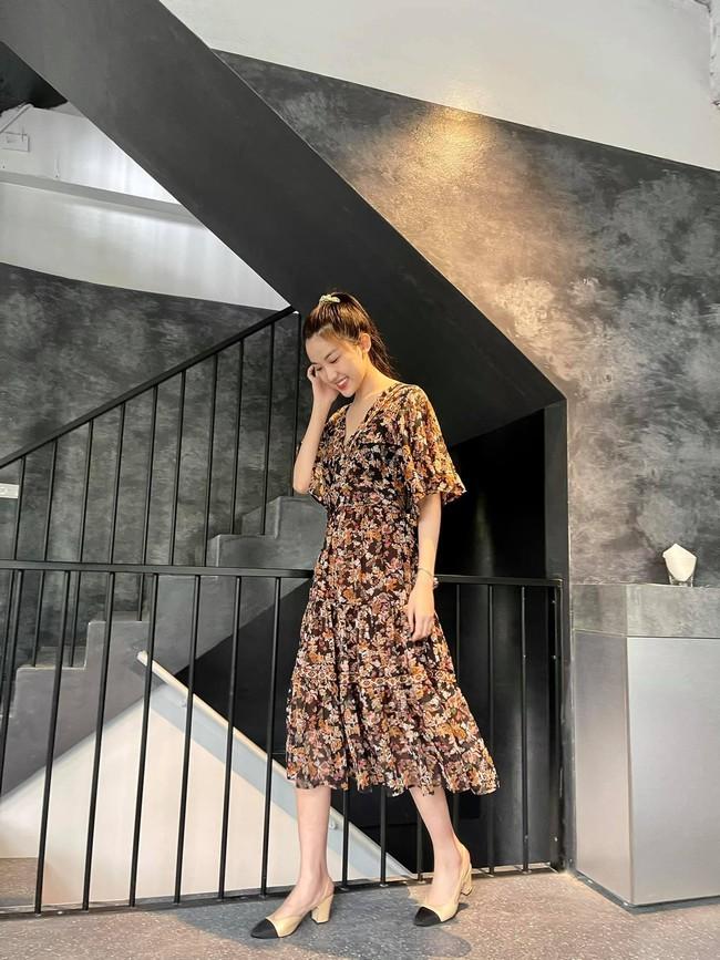 """Lương Thanh (11 Tháng 5 Ngày) đúng là bánh bèo chính hiệu: Style ngập váy vóc, nhưng nhờ khéo chọn nên không bao giờ """"quê kiểng"""" - Ảnh 3."""