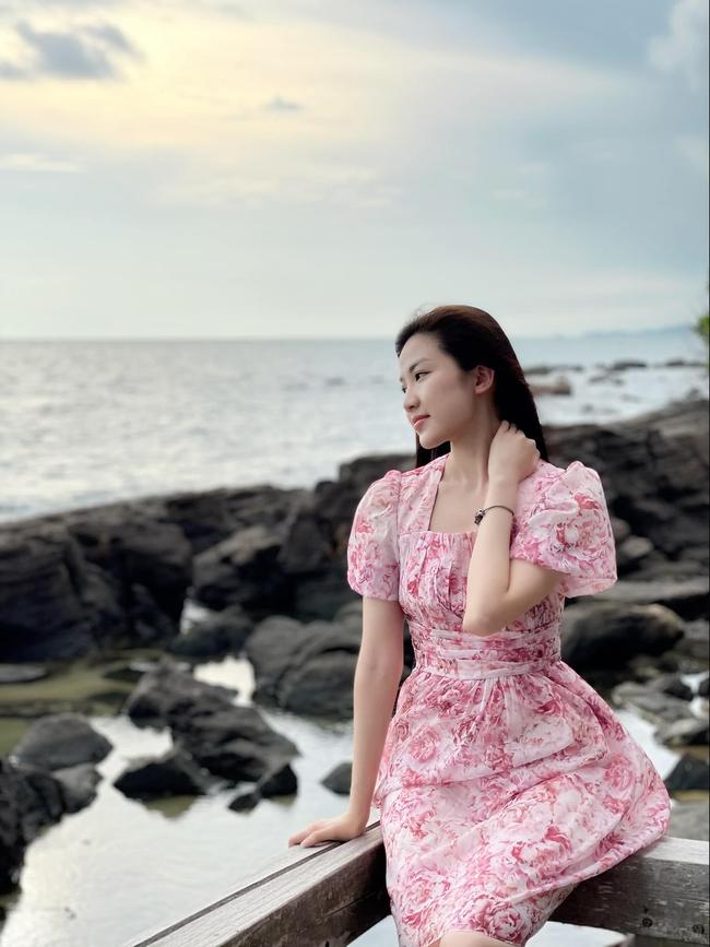 """Lương Thanh (11 Tháng 5 Ngày) đúng là bánh bèo chính hiệu: Style ngập váy vóc, nhưng nhờ khéo chọn nên không bao giờ """"quê kiểng"""" - Ảnh 9."""