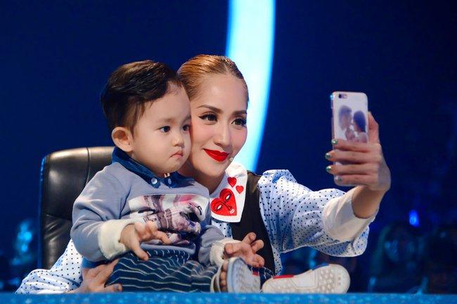 Soi nhất cử nhất động của sao Việt (28/12) - Ảnh 5.