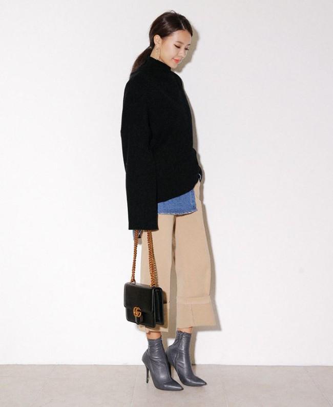 4 tips mặc áo len cổ lọ thật phong cách trong ngày trở lạnh - Ảnh 7.