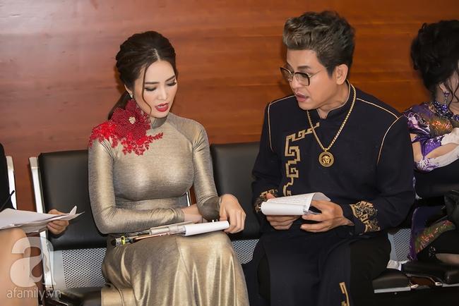 MC Thanh Bạch xuất hiện tươi tỉnh bên vợ mới sau khi bị vợ cũ tố vũ phu - Ảnh 4.