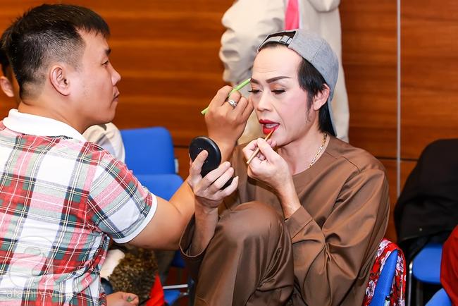 MC Thanh Bạch xuất hiện tươi tỉnh bên vợ mới sau khi bị vợ cũ tố vũ phu - Ảnh 10.