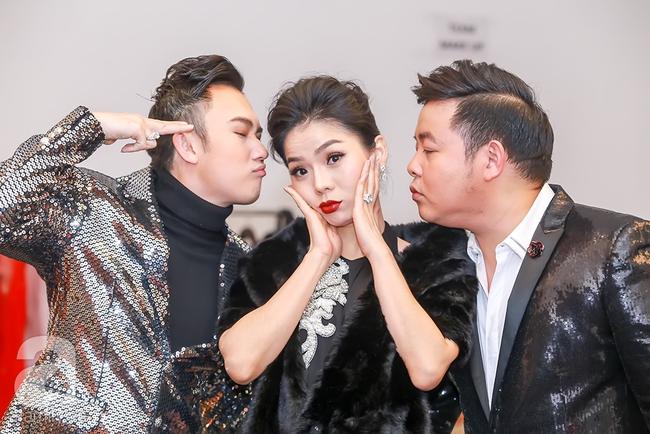 MC Thanh Bạch xuất hiện tươi tỉnh bên vợ mới sau khi bị vợ cũ tố vũ phu - Ảnh 11.