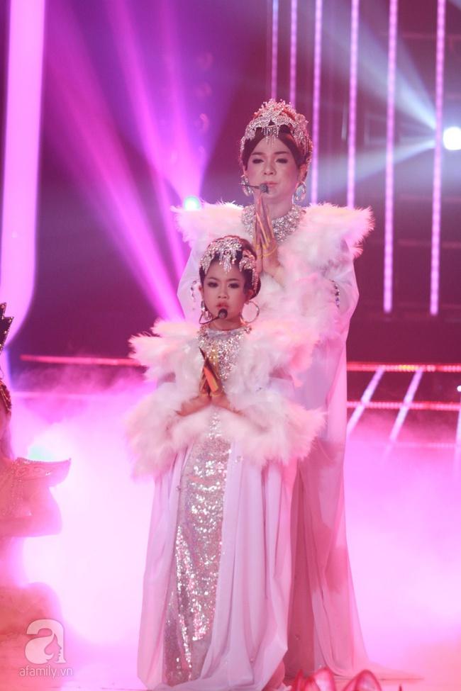 Khiến Hoài Linh thán phục, cô bé 7 tuổi trở thành Quán quân Gương mặt thân quen nhí - Ảnh 14.