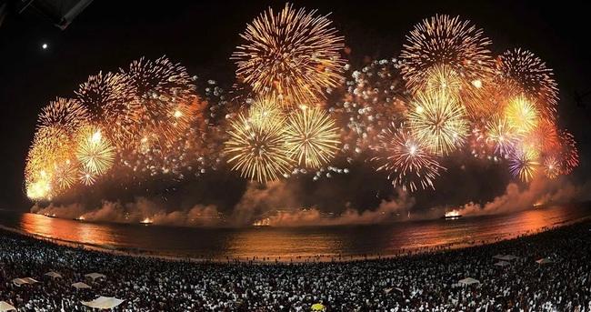 8 phong tục đón năm mới thú vị trên thế giới - Ảnh 7.