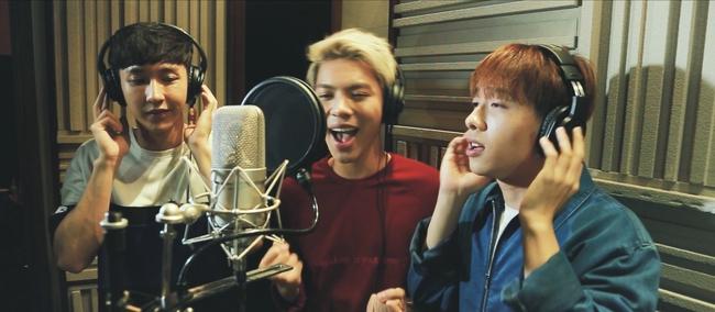Thanh Bùi, Đông Nhi cùng 10 ca sĩ ghi âm cho ca khúc We Are One - Ảnh 11.