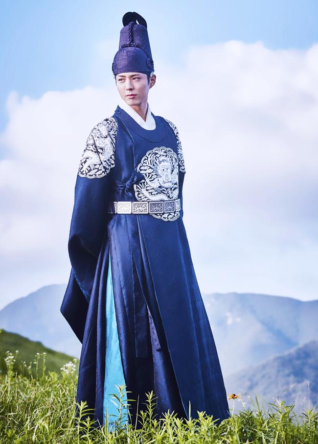 Người Hàn ước được ở bên Gong Yoo, Song Joong Ki đón Giáng sinh - Ảnh 3.