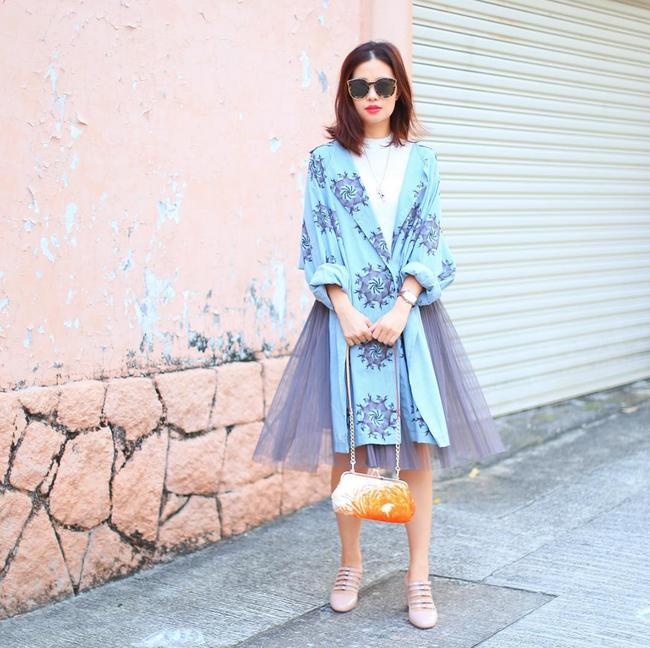 Street style đầy màu sắc mùa lễ hội của các quý cô Châu Á - Ảnh 13.