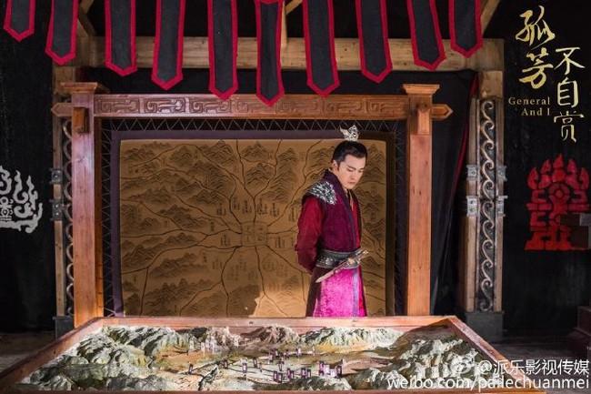 Vợ vừa mới mất, mỹ nam Hoa ngữ đã lo tán tỉnh Angelababy - Ảnh 5.