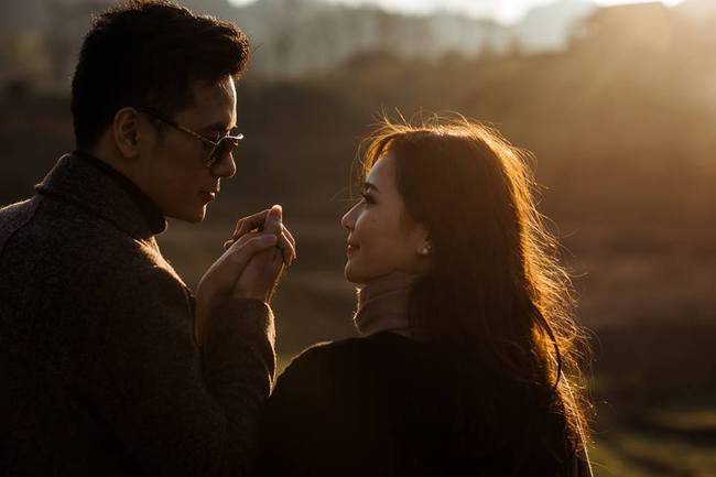 Cô vợ xinh đẹp kể chuyện anh chồng tặng 1 xe bim bim, cầu hôn ở nghĩa địa và hôn nhân ngọt như mía lùi - Ảnh 8.