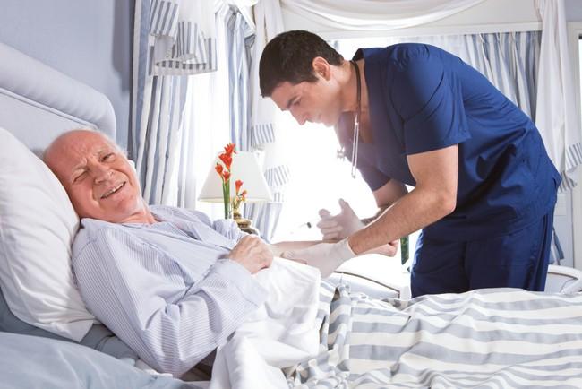 Đưa bố mẹ già vào viện dưỡng lão chính là thương bố mẹ! - Ảnh 2.