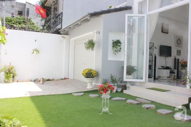 Ngôi nhà vườn rộng 200m² nhìn đâu cũng thấy cây và hoa rực rỡ ở TP HCM - Ảnh 4.