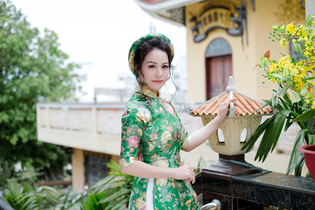 Vừa ra viện, Nhật Kim Anh đã lo gói bánh chưng đón Tết - Ảnh 2.