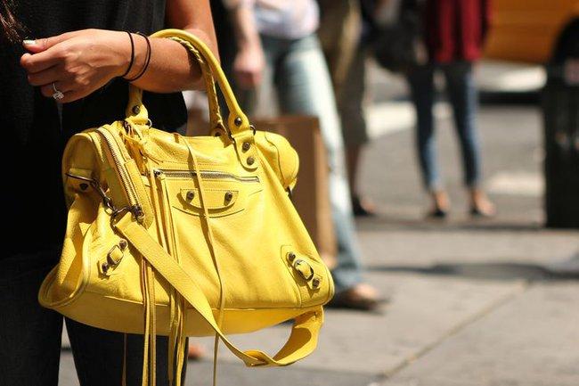 Cả thập niên đã qua, nhưng đây vẫn là 13 chiếc túi hàng hiệu khiến phái đẹp toàn cầu khát khao nhất - Ảnh 22.