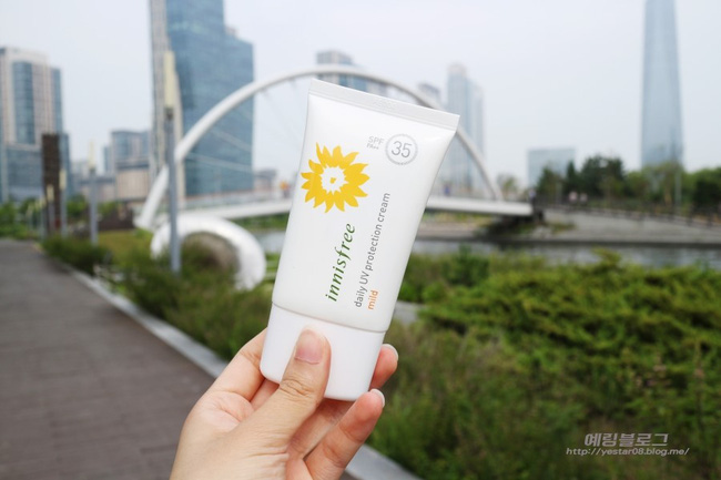 6 loại kem chống nắng vừa khiến da đẹp lên tức thì lại cản nắng cực hiệu quả - Ảnh 7.