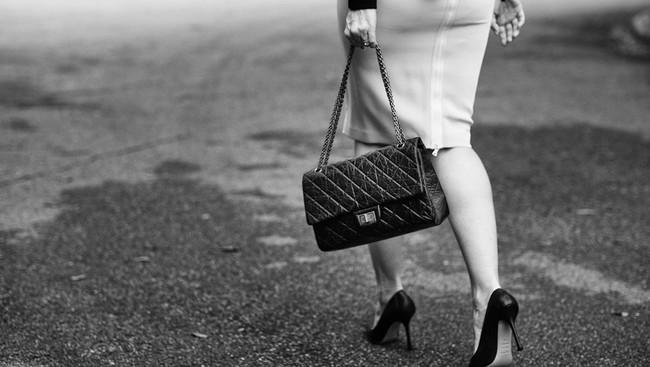 Cả thập niên đã qua, nhưng đây vẫn là 13 chiếc túi hàng hiệu khiến phái đẹp toàn cầu khát khao nhất - Ảnh 19.