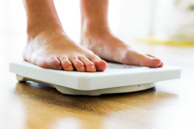 Càng ăn càng đói, bạn muốn giảm cân thì hãy tránh xa những loại thực phẩm này ra - Ảnh 1.