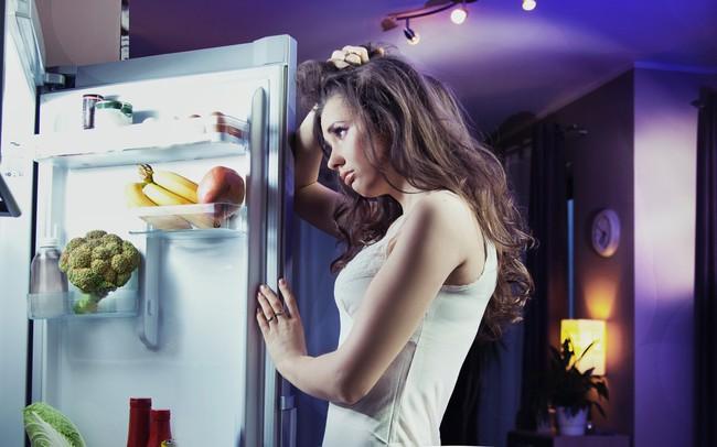 Nếu nửa đêm đói bụng, hãy ăn những thứ này, không sợ béo mà còn giảm cân - Ảnh 1.