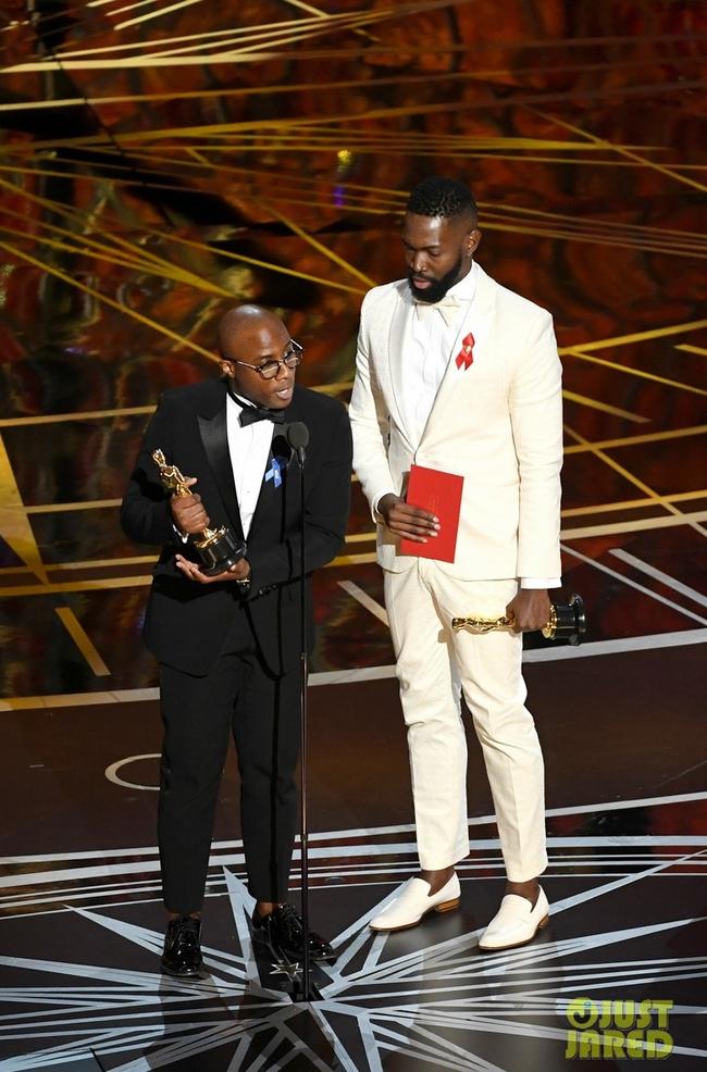 Oscar 2017 gây ngã ngửa vì màn trao giải nhầm cho La La Land - Ảnh 13.