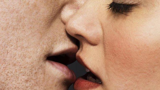 Những điều bạn ít ngờ đến nhất về bệnh tình dục lây qua đường miệng - Ảnh 1.