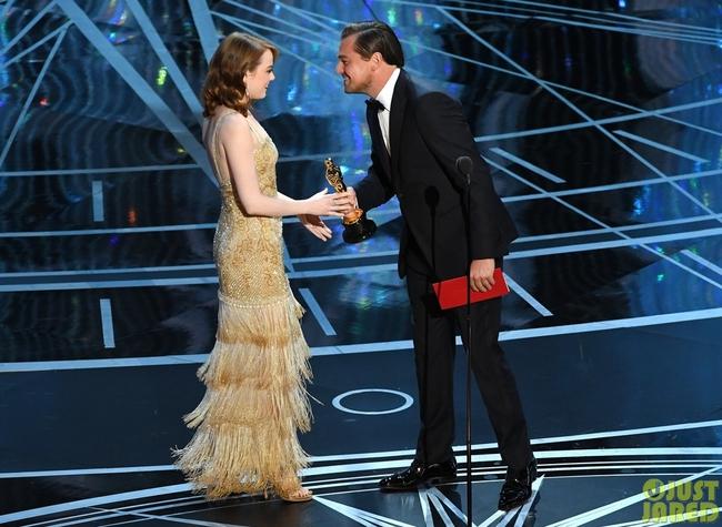 Oscar 2017 gây ngã ngửa vì màn trao giải nhầm cho La La Land - Ảnh 7.