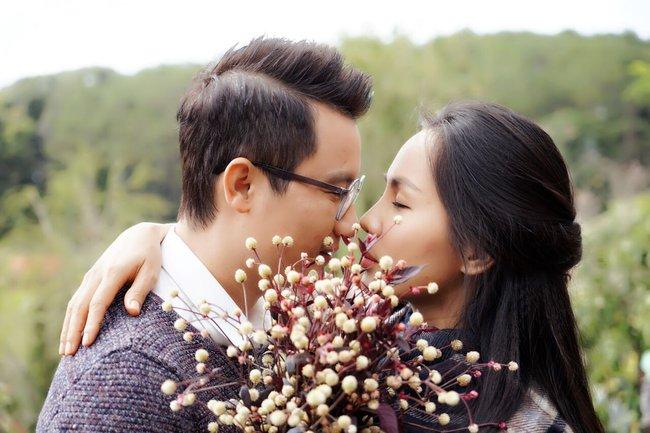 Bà xã Hoàng Bách bất ngờ xuất hiện xinh đẹp trong MV của chồng - Ảnh 8.