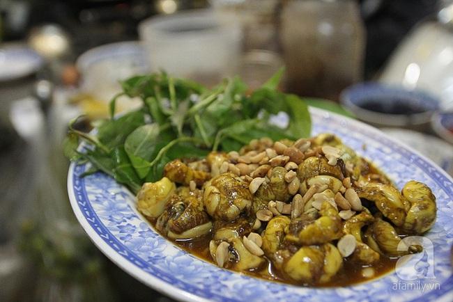4 con hẻm ẩm thực cứ mỗi bước là có một món ăn ngon tại Sài Gòn - Ảnh 21.