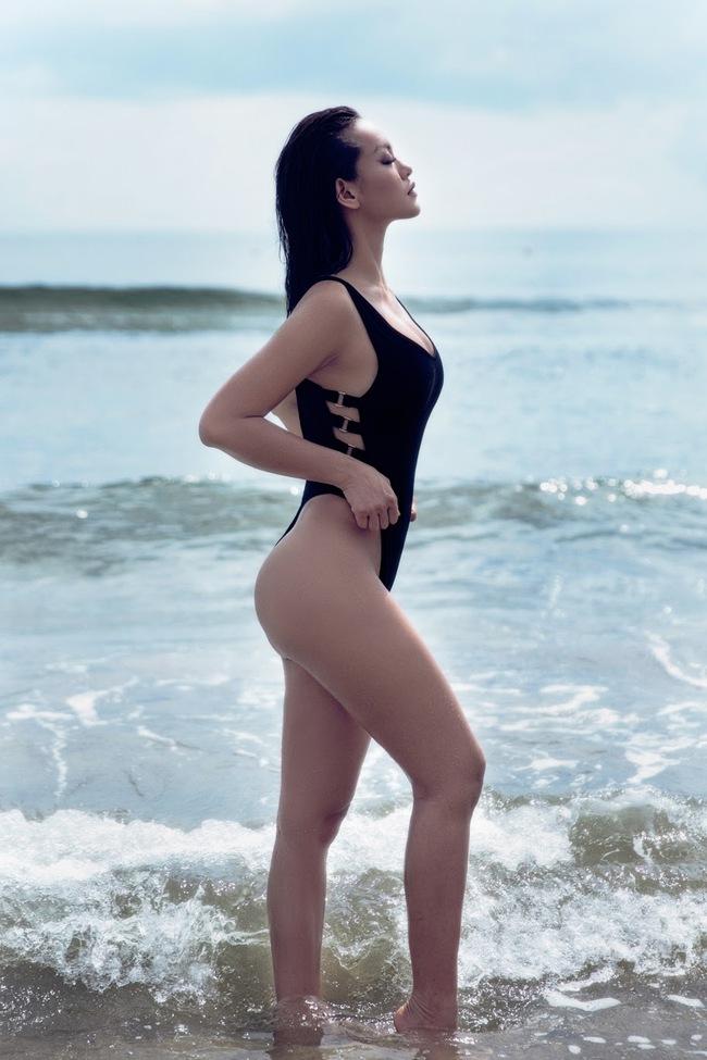 Không chỉ có sao ngoại, sao Việt cũng đang thi nhau diện kiểu áo bơi khoét hông cao sexy hết nấc - Ảnh 6.