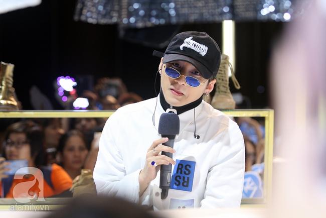 Sơn Tùng M-TP gọi điện tâm sự cùng mẹ trước hàng trăm fan - Ảnh 5.