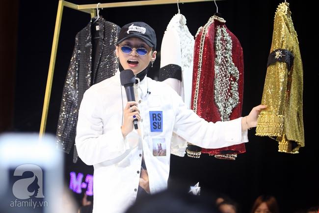 Sơn Tùng M-TP gọi điện tâm sự cùng mẹ trước hàng trăm fan - Ảnh 7.