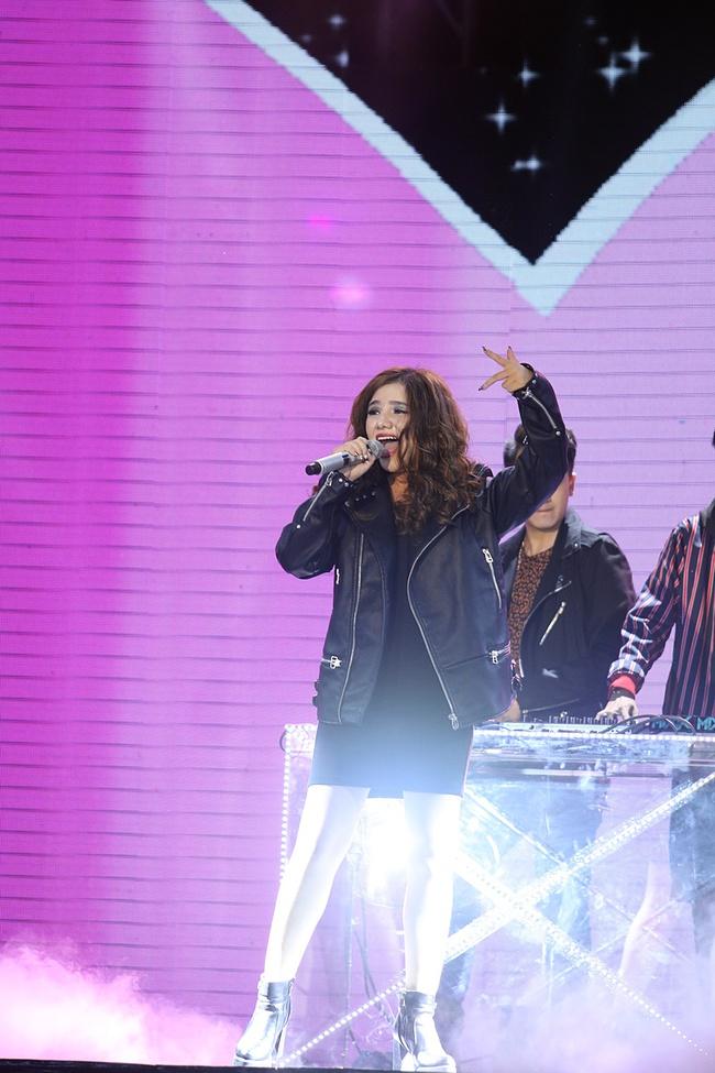 Thắng bình chọn vào phút cuối, Bảo Thy bật khóc khi loại Yến Trang khỏi The Remix - Ảnh 12.