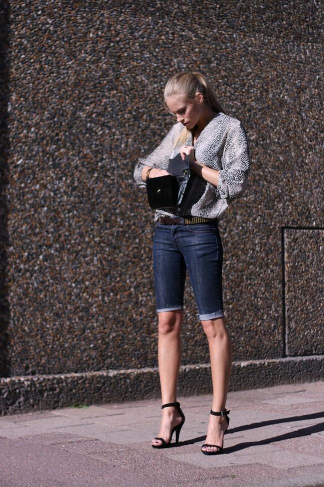 Bạn đã có bao nhiêu kiểu shorts jeans trong tủ đồ hè của mình? - Ảnh 10.
