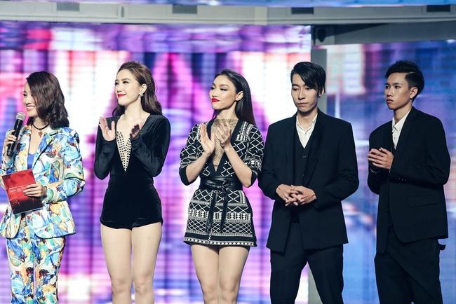 Hát sai chủ đề, bạn gái tin đồn của Sơn Tùng bị Bảo Thy loại khỏi The Remix - Ảnh 1.