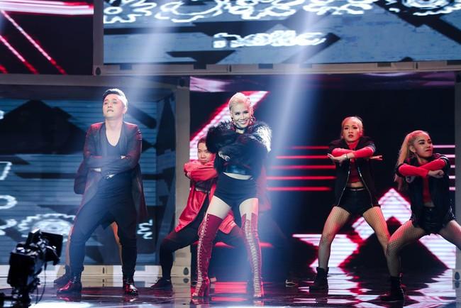 Nhảy múa tưng bừng, Đông Nhi vẫn không cứu được học trò bị loại khỏi The Remix - Ảnh 7.