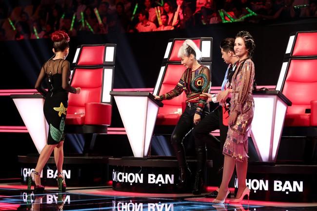 Tranh giành thí sinh The Voice, Thu Minh tung chiêu dằn mặt Đông Nhi, Noo Phước Thịnh - Ảnh 2.