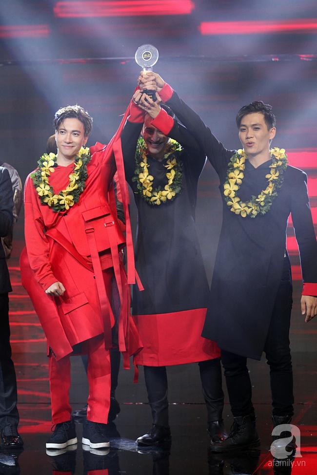 Mạo hiểm treo mình trên cao, Bảo Thy trở thành Quán quân The Remix 2017 - Ảnh 3.