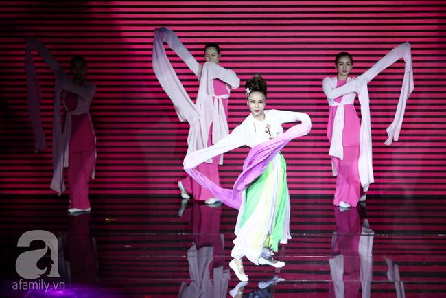 Hóa nàng sen ở The Remix, Hương Giang Idol vẫn bị loại thẳng thừng - Ảnh 12.