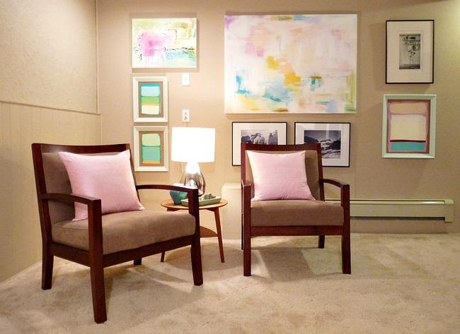 Cải tạo căn hộ cũ kỹ, tối tăm thành không gian đẹp quyến rũ dành cho vợ chồng mới cưới - Ảnh 1.