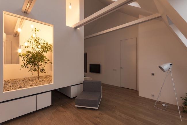 Ấn tượng với ngôi nhà chỉ 48m² nhưng có khoảng xanh cực bắt mắt với phòng khách treo lơ lửng - Ảnh 14.